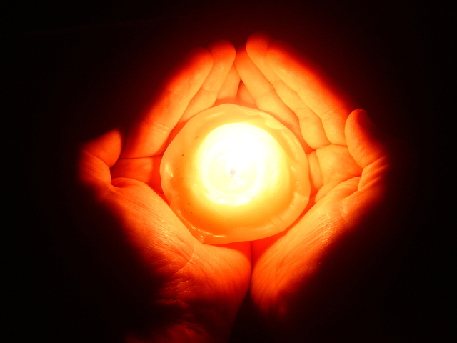 light-of-hope-1-1191323-640x480